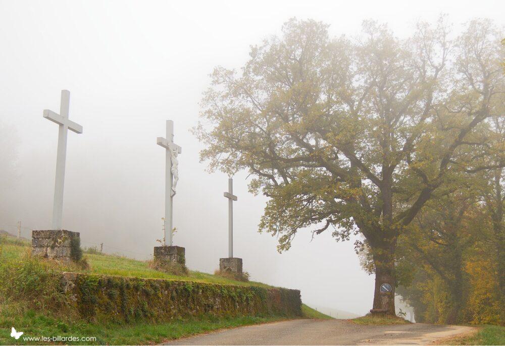Les trois croix à Chatel