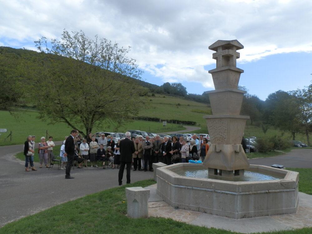 La fontaine de Châtel
