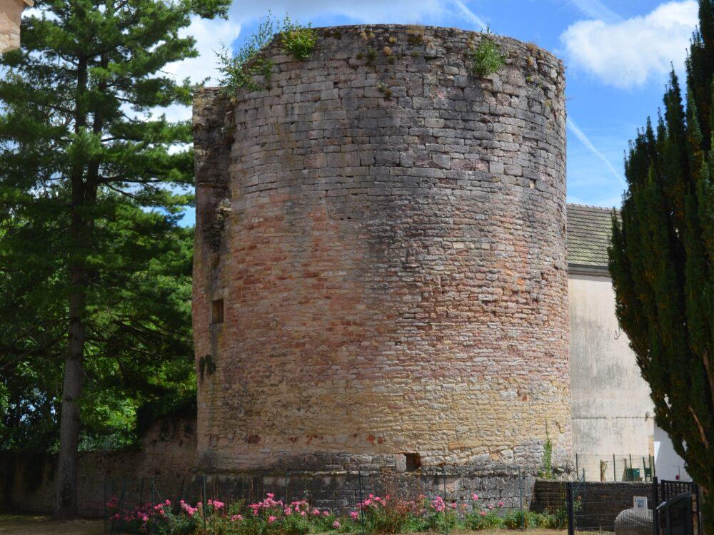 La tour du château de Cuisery