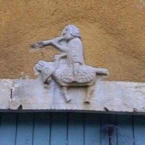 ViaCluny.fr Graye et Charnay patrimoine tourisme balade Jura randonnée