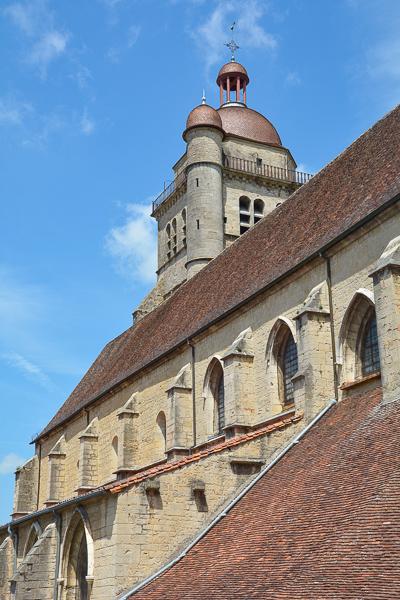 La collégiale Saint-Hippolyte à Poligny