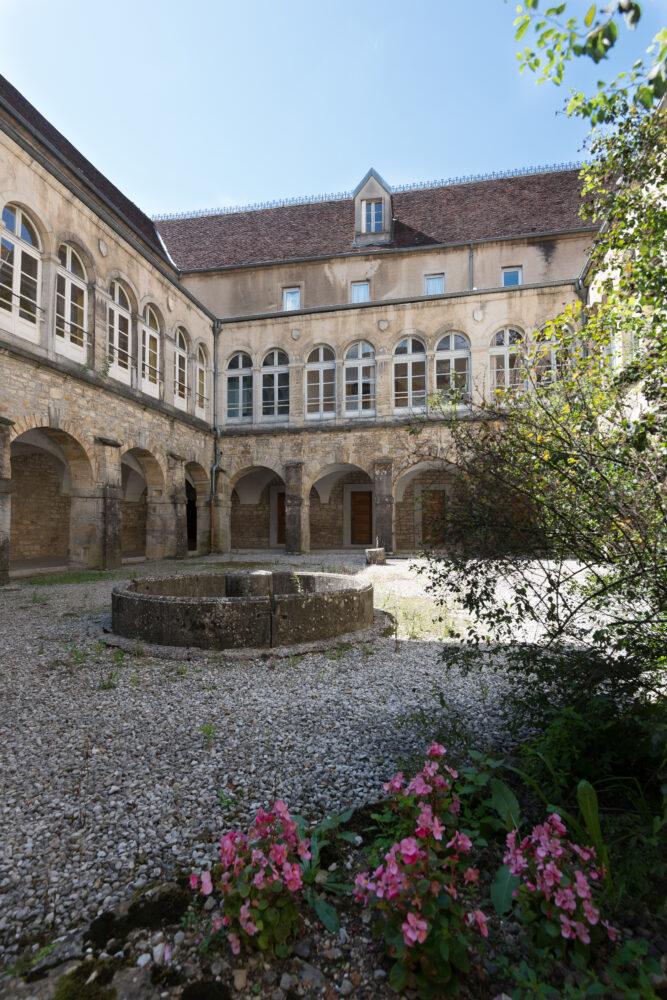 Cloître du prieuré