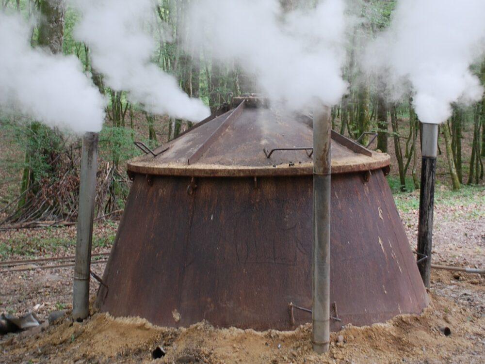 Chantier de charbonniers