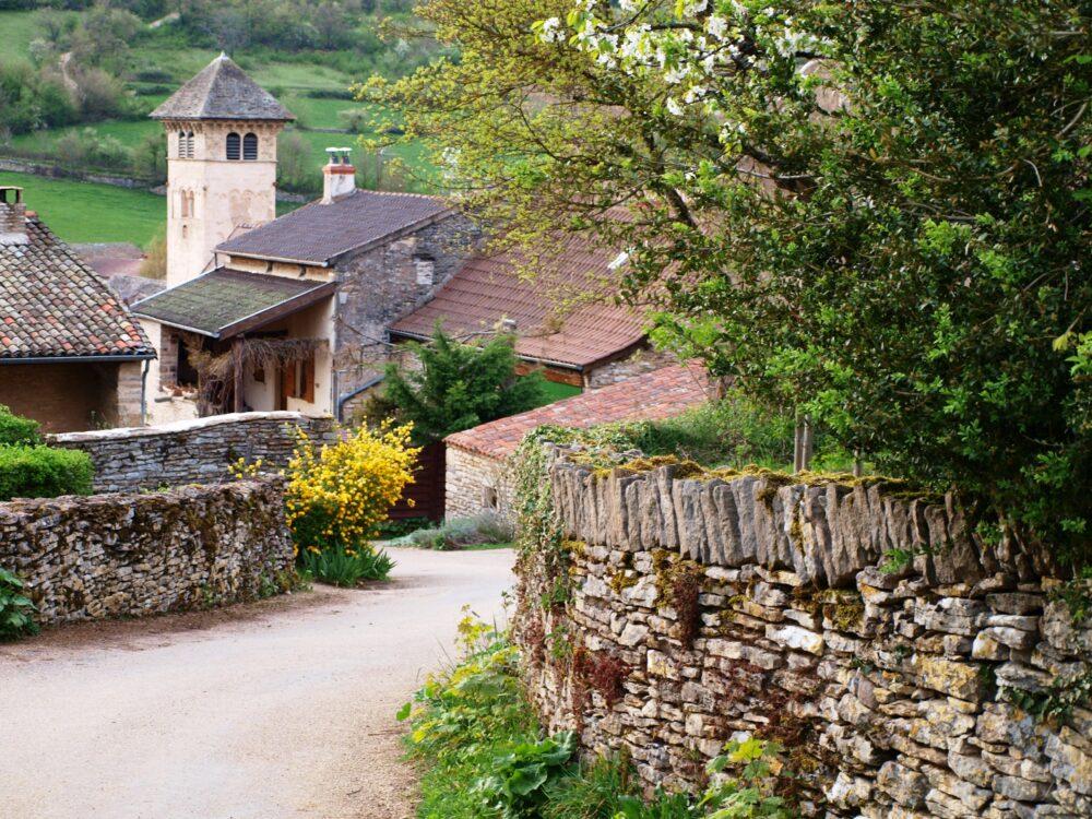 Le bourg de Blanot