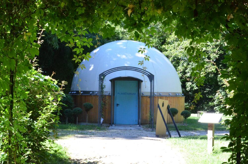 Le planétarium du Centre Eden à Cuisery