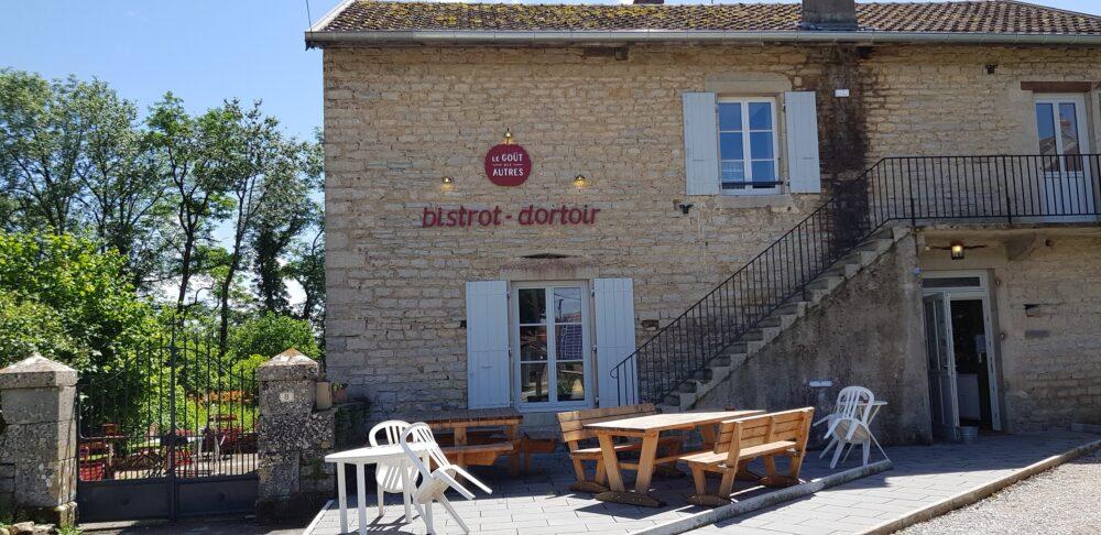Le bistrot-dortoir de Granges-sur-Baume