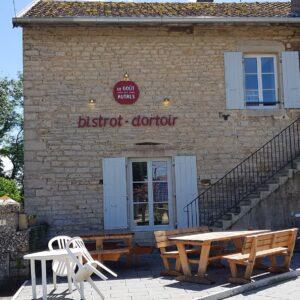 ViaCluny.fr Granges-sur-Baume bistrot dortoir Jura étape tourisme randonnée