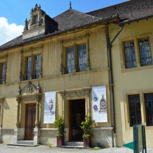 ViaCluny.fr Musée Morteau Franche-Comté tourisme patrimoine savoir-faire horlogerie