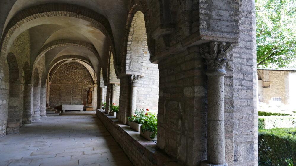 Cloître de l'abbaye