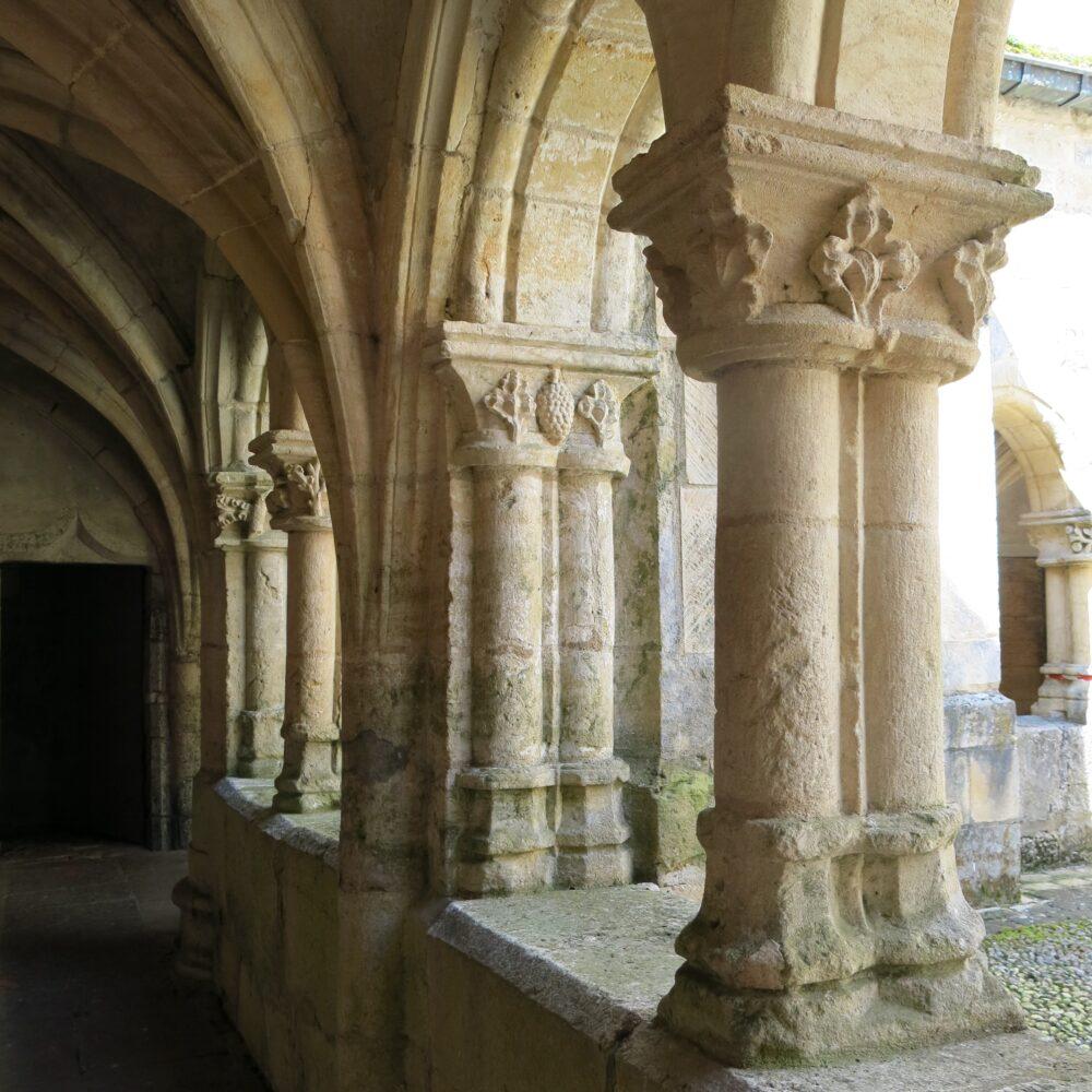 Le cloître de l'abbaye